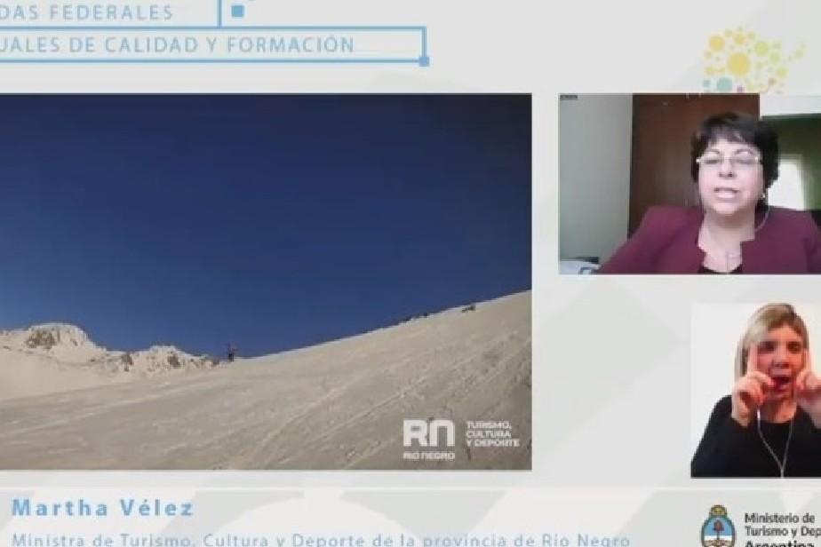 La Ministra Vélez disertó en las jornadas federales de calidad y formación turística